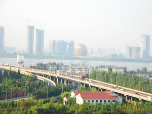 Approch Bridge at South Bank of Third Qiangtangjiang Bridge